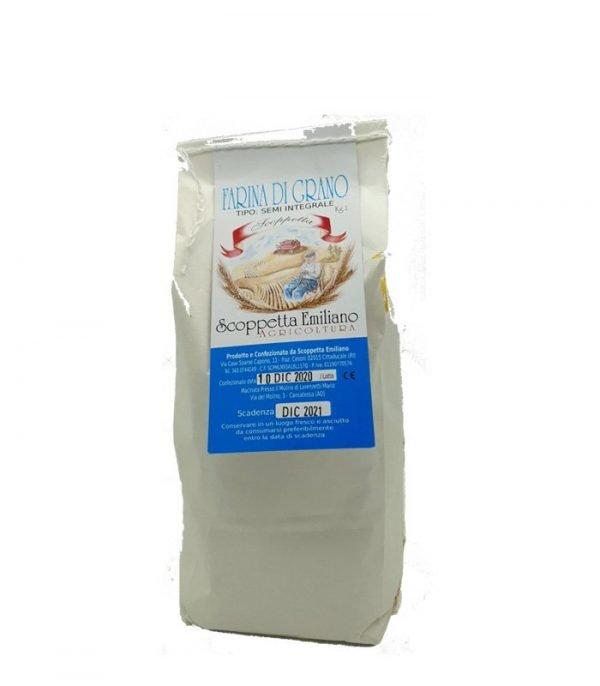 Farina di grano semintegrale
